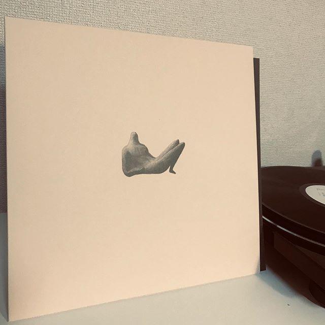 .Made in TUFF VINYL「OGRE YOU ASSHOLE / 新しい人」12inch 140g通常盤/海外レーベル/紙インナースリーブ/国内解説ペラ/海外3mmスパインBOXジャケット(リバースボード)/蓋付PP封入/コロムビアカッティング.Make Neo Flesh Vinyl!!!.#レコード好き #ogreyouasshole #レコードコレクション #newarrivals #vinylcollection #vinyljunkie #madeinjapan #madeintuffvinyl #レコード女子