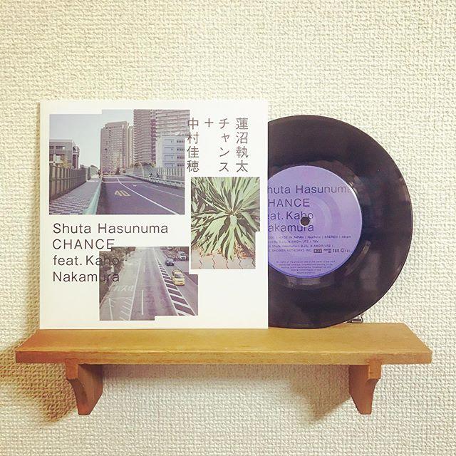 Made in TUFF VINYL「蓮沼執太 feat 中村佳穂/ CHANCE」7inch 52g通常盤/海外レーベル/紙インナースリーブ/海外製シングルジャケット/蓋なしPP封入/コロムビアカッティング.Make Neo Fresh Vinyl!!!.#Tuffvinyl #vinylrecords #vinylrecord #vinylcommunity #myvinylcollection#レコードのある生活 #レコードコレクション #レコード #レコードプレイヤー #レコード好き #レコード女子 #hasunumasyuta #蓮沼執太 #nakamurakaho #中村佳穂 #lprecord #vinylcollection #アナログ盤 #アナログレコード #レコードジャケット #音楽のある生活#バイナル #7インチレコード #12インチレコード #レコードコレクター