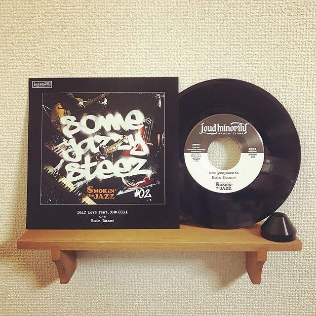 Made in TUFF VINYL「SMOKIN' the JAZZ / SOME JAZZY STEEZ#2」Self Love feat, 大神 OHGA | Rain Dance.7inch 52g ドーナツ盤 国内プレス/海外レーベル/紙インナースリーブ/ペラジャケット支給/蓋なしPP封入/支給ステッカー貼り付け/MIXER'S LABカッティング.Make Neo Fresh Vinyl!!!.#Tuffvinyl #vinylrecords #vinylrecord #vinylcommunity #myvinylcollection #レコードのある生活 #レコードコレクション #レコード #レコードプレイヤー #レコード好き #レコード女子 #smokinthejazz #somejazzysteez #大神OHGA #vinylcollection #アナログ盤 #アナログレコード #レコードジャケット #音楽のある生活 #バイナル #7インチレコード #12インチレコード #レコードコレクター