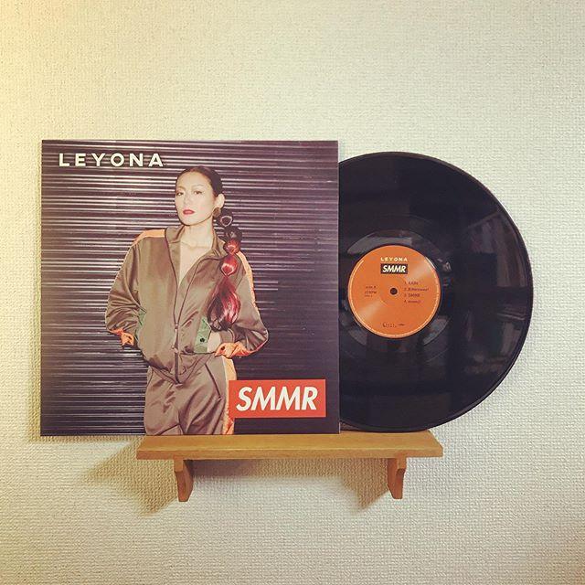 Made in TUFF VINYL「LEYONA / SMMR」12inch 140g 通常盤/海外レーベル/紙インナースリーブ/海外製シングルジャケット/蓋なしPP封入/コロムビアカッティング/WarmToneプレス.Make Neo Fresh Vinyl!!!.#Tuffvinyl #vinylrecords #vinylrecord #vinylcommunity #myvinylcollection #レコードのある生活 #レコードコレクション #レコード #レコードプレイヤー #レコード好き #レコード女子 #レヨナ #Leyona #SMMR #lprecord #vinylcollection #アナログ盤 #アナログレコード #レコードジャケット #音楽のある生活 #バイナル #7インチレコード #12インチレコード #レコードコレクター @leyonababy
