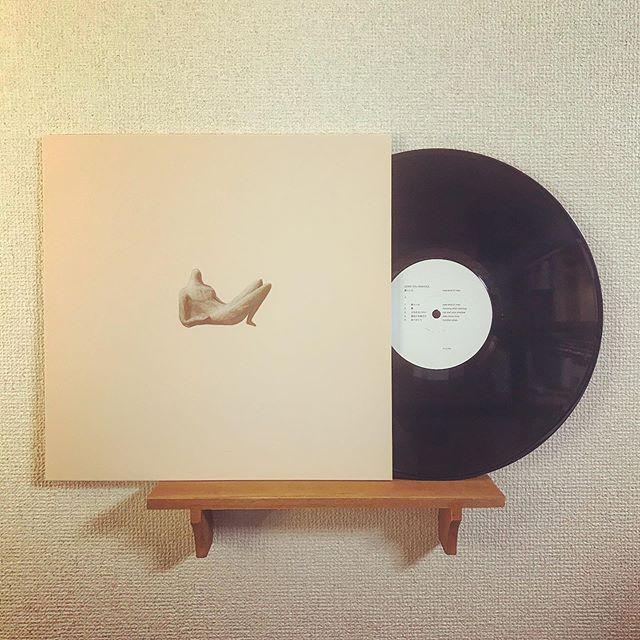Made in TUFF VINYL「OGRE YOU ASSHOLE / 新しい人 new kind of man」12inch 140g 国内プレス/ 海外レーベル / 歌詞カード支給 / 紙インナースリーブ / E式ジャケット(リバーズボード) / 蓋付きPP封入 / コロムビアカッティング.Make Neo Flesh Vinyl!!!.#Tuffvinyl #vinylrecords #vinylrecord #vinylcommunity #myvinylcollection #レコードのある生活 #レコードコレクション #レコード #レコードプレイヤー #レコード好き #レコード女子 #ogleyouasshole #オーガユーアスホール #vinylcollection #アナログ盤 #アナログレコード #レコードジャケット #音楽のある生活 #バイナル #7インチレコード #12インチレコード #レコードコレクター #花瓶